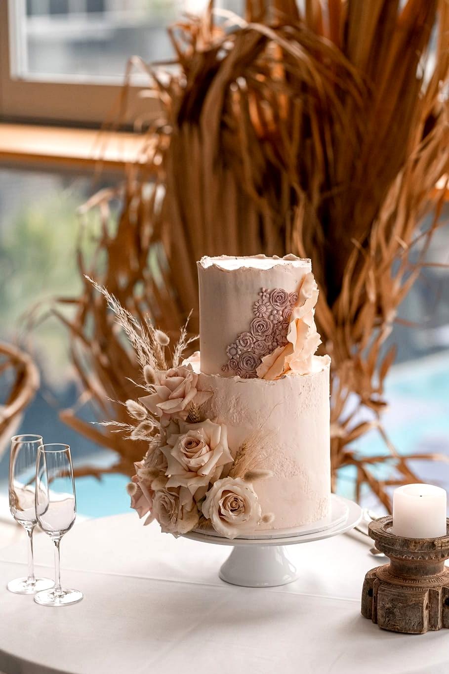 Natural Boho Beach Wedding Inspiration   Photography: Michael Boyle Photography