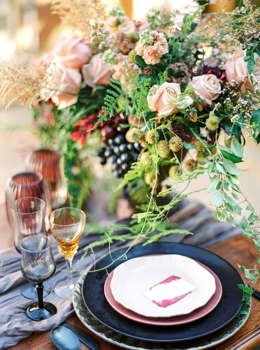 Romantic European Inspired Wedding Ideas | Photography: Casey Jane Photography