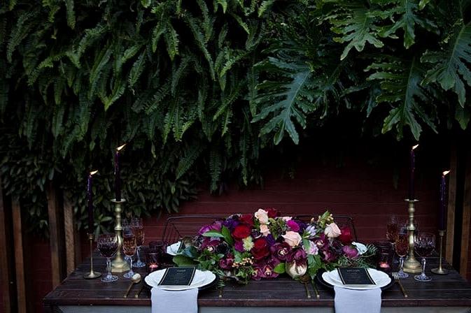 Jewel toned wedding reception decor | Lola Images
