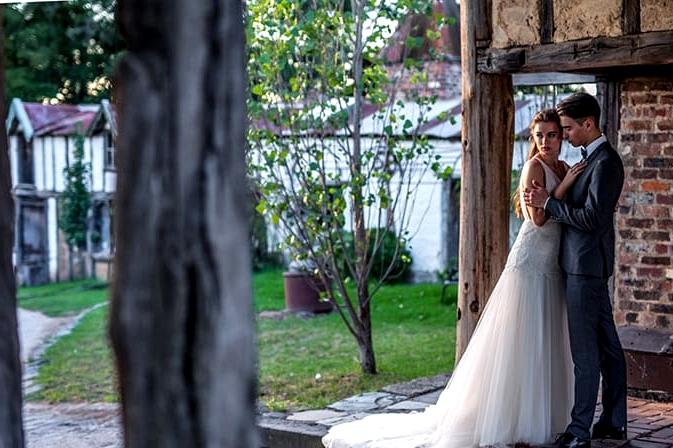 Old World Romance Wedding Inspiration | Emma Wise Photography