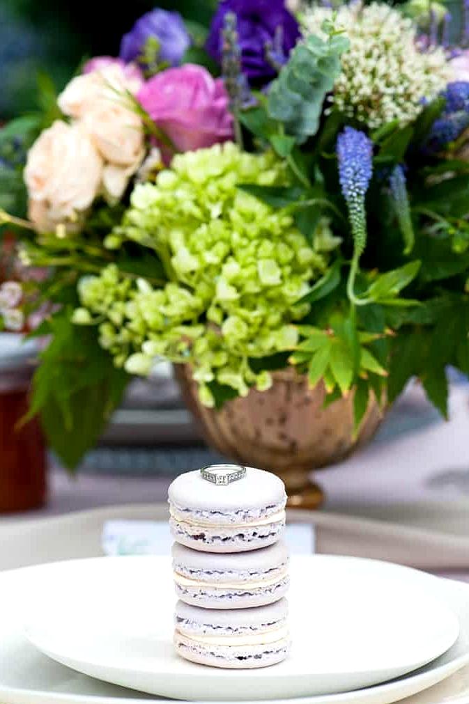 Watercolour-Garden-Wedding-Inspiration-Macarons