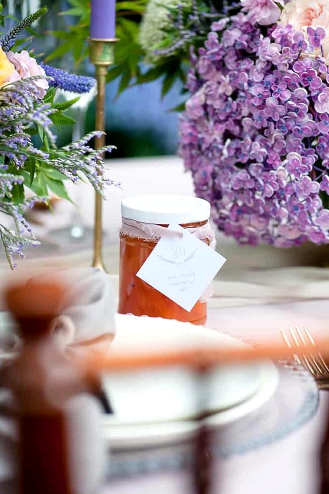 Watercolour-Garden-Wedding-Inspiration-Peach-Lavender-Jam-Favour