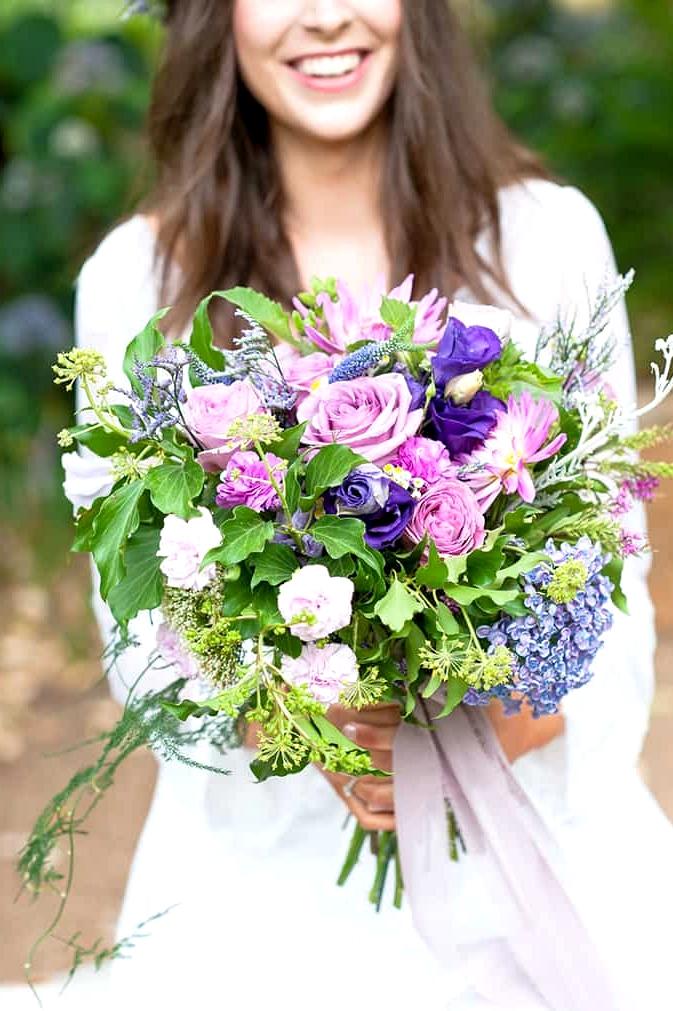 Watercolour-Garden-Wedding-Inspiration-Purple-Bouquet