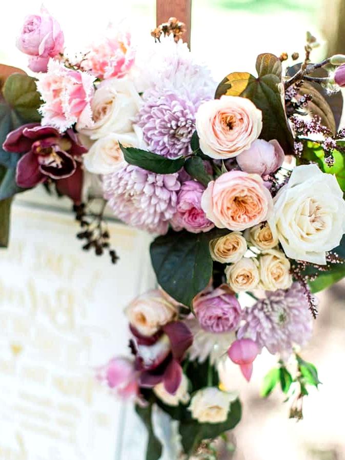 Wedding sign floral detail