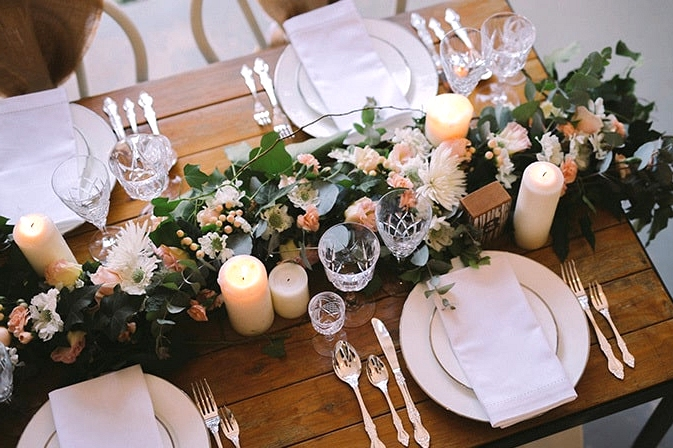 Relaxed-Vintage-Boho-Wedding-Inspiration-Reception-Table-Setting-Centrepiece-3