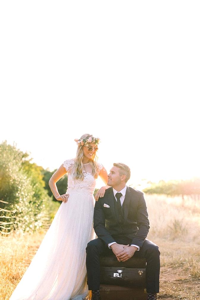 Relaxed-Vintage-Boho-Wedding-Inspiration-Bride-Groom-Portrait