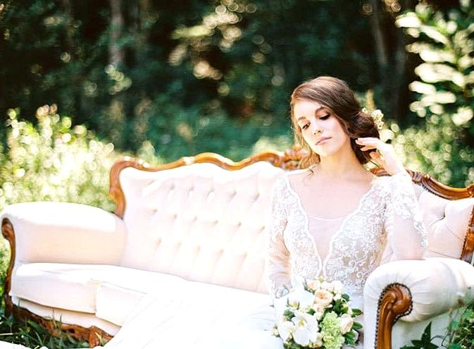 Natural-Bohemian-Wedding-Inspiration-Cream-Vintage-Lounge-Long-Sleeved-Dress-Bouquet