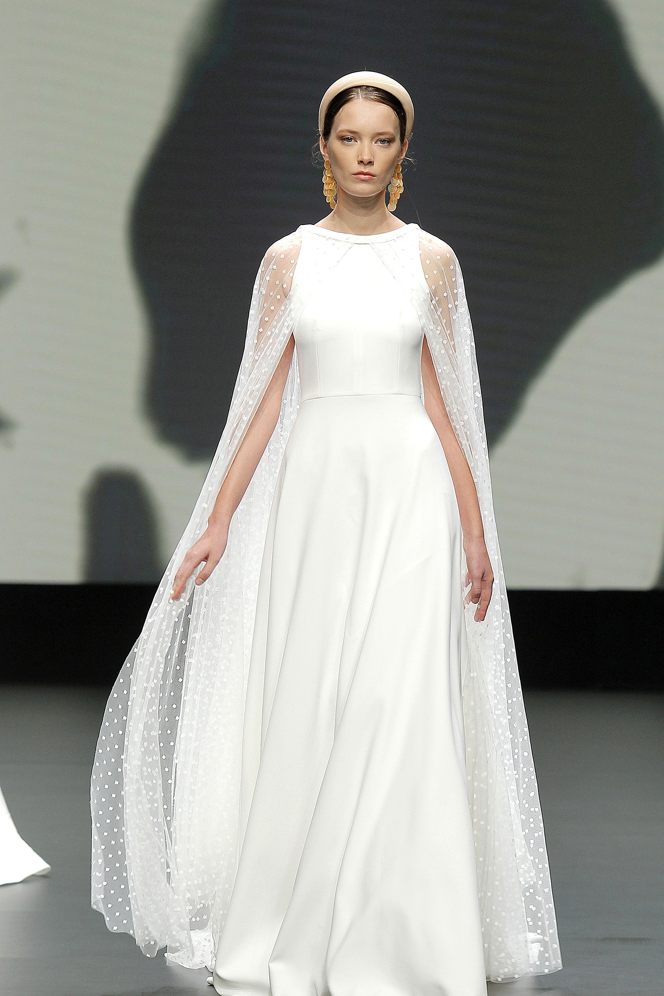 jesus peiro dress with cape
