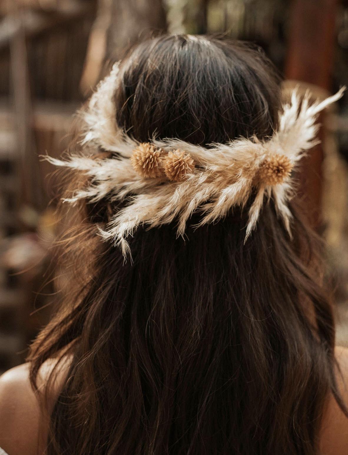 pampas grass hairpiece