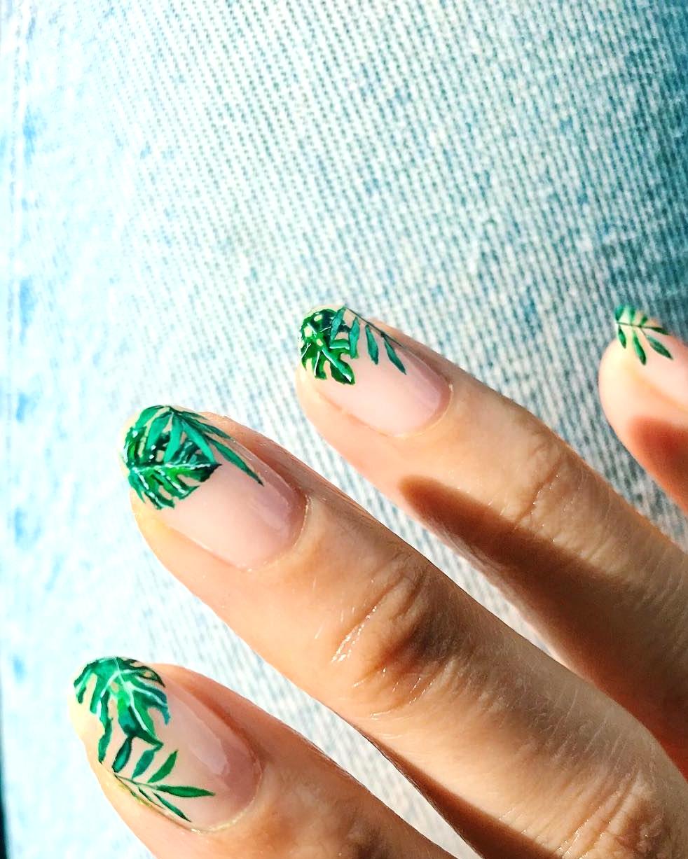 palms manicure