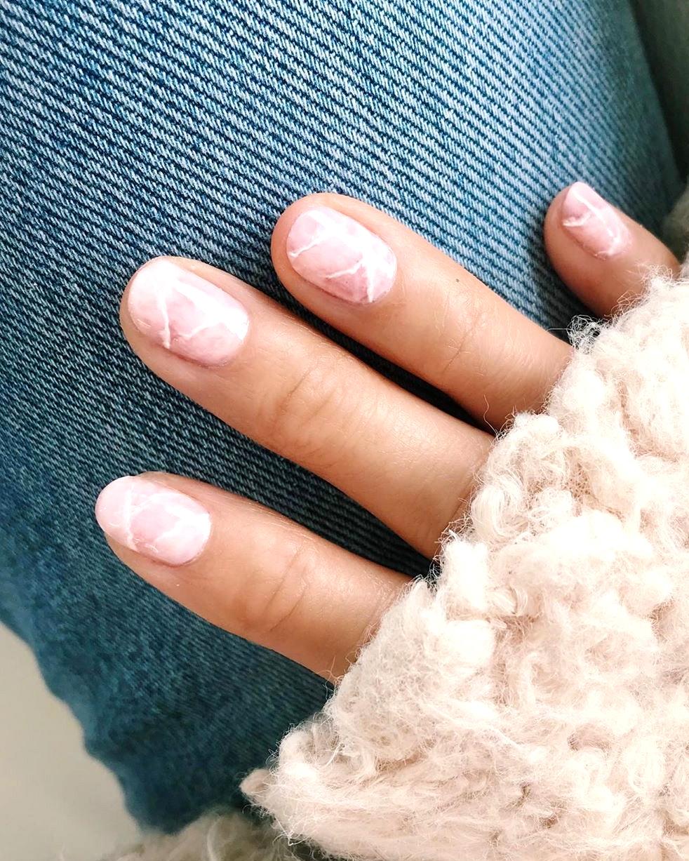 blush marble manicure