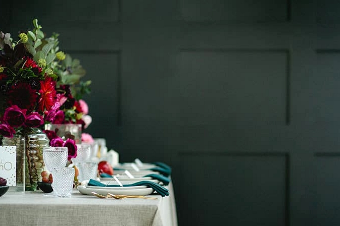 Modern-Restaurant-Wedding-Inspiration-2
