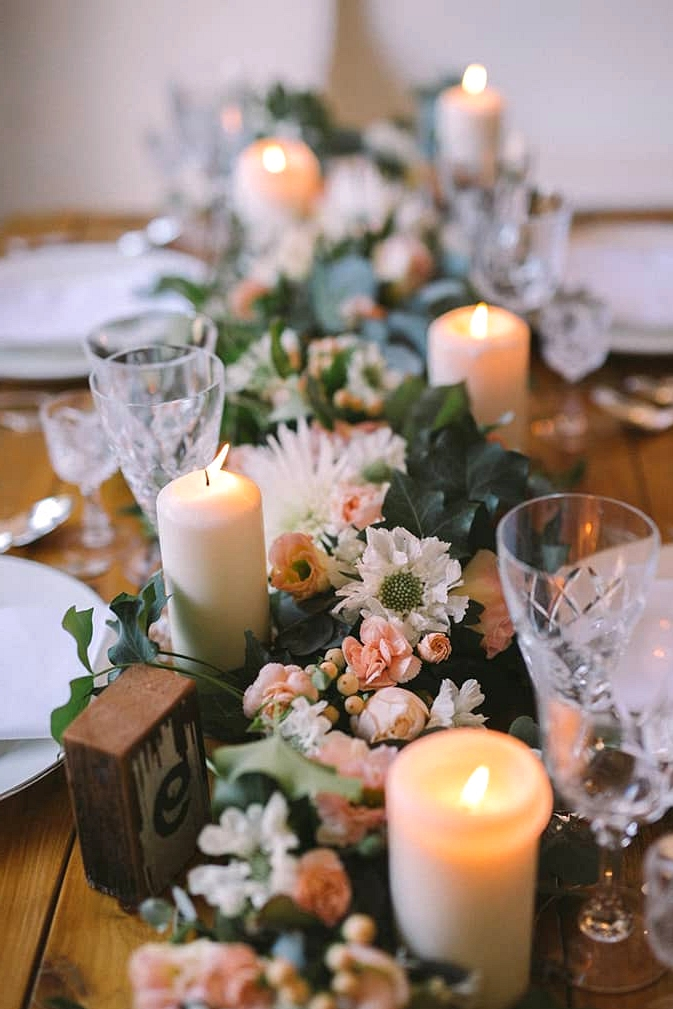 Relaxed-Vintage-Boho-Wedding-Inspiration-Reception-Table-Setting-Centrepiece-2