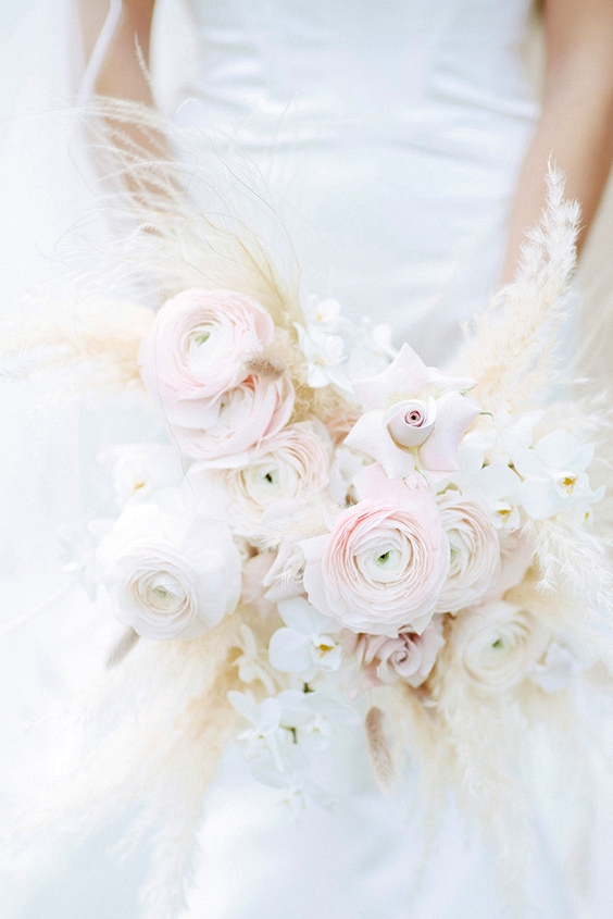 25 Ideas and Inspiration for using Pampas Grass for your wedding | see them all on www.onefabday.com