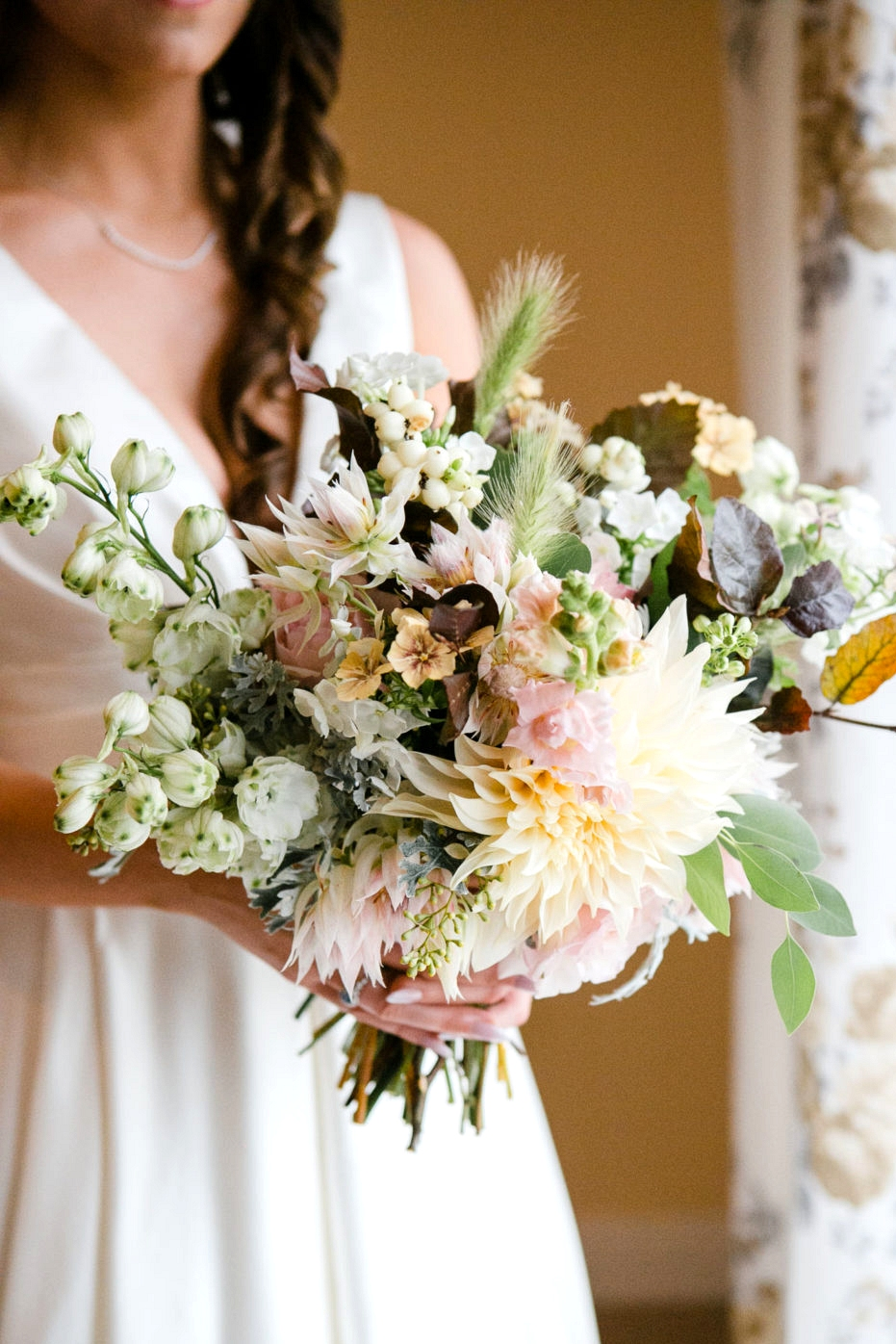 Guide to Autumn Wedding Flowers  