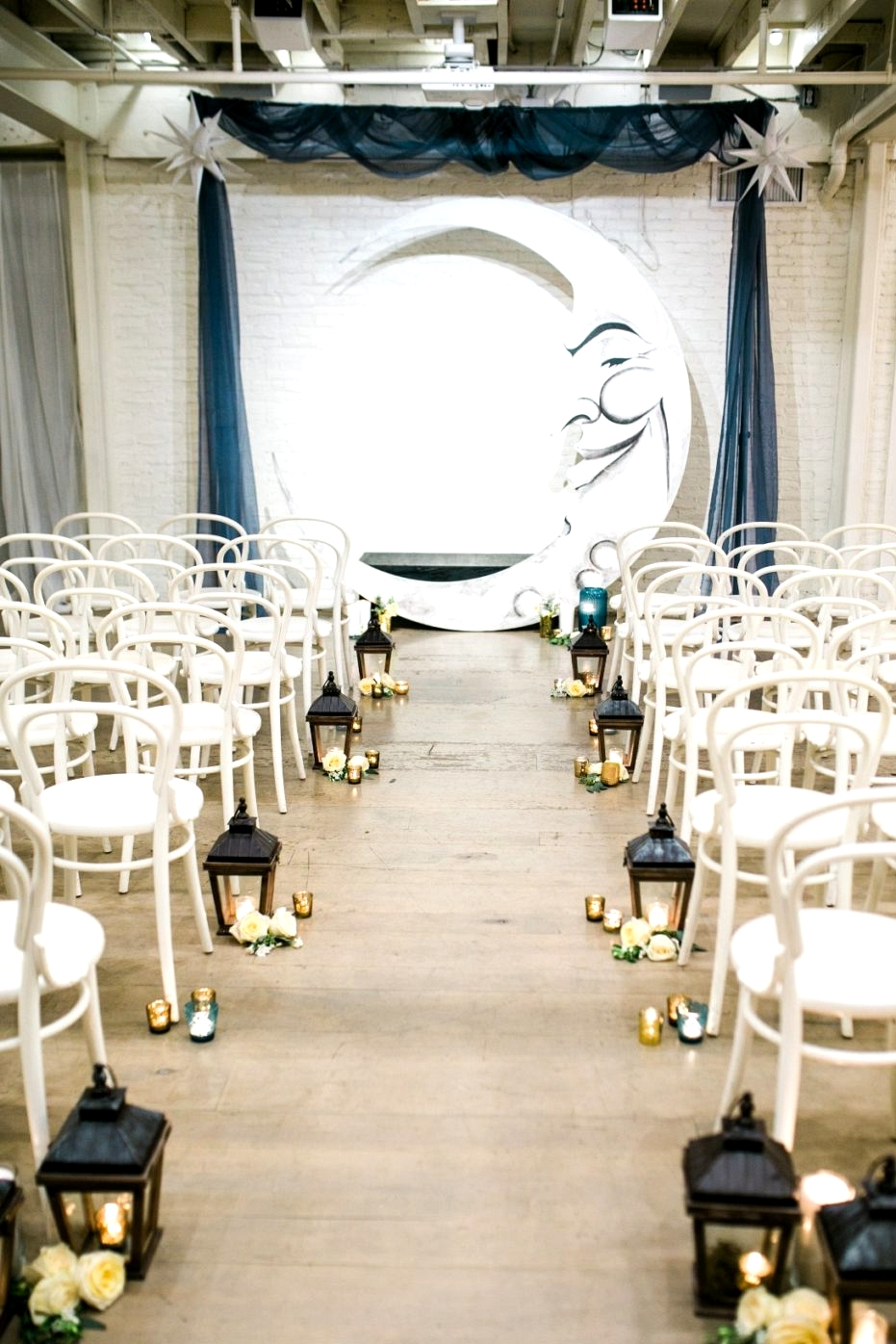 Moon wedding ceremony backdrop |
