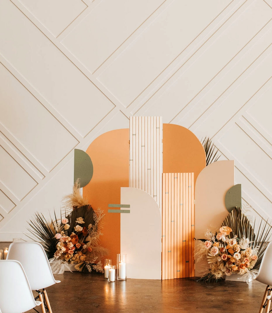 Wedding Cermony Backdrops - modern colourblock backdrop