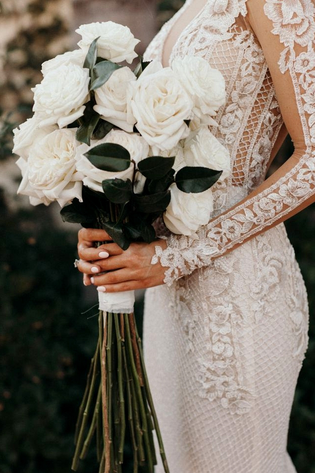 Trend Alert! Long Stem Rose Bouquets |