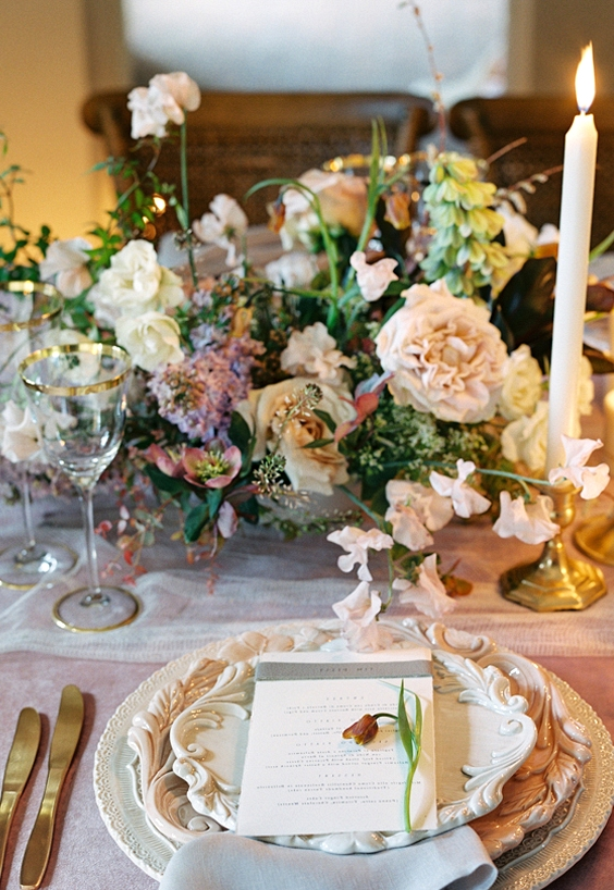 How to Adapt your Wedding Decor for a Different Season  