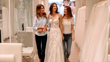 The Bridal Appointment: Here is What You Must Know (That includes Pronovias!)