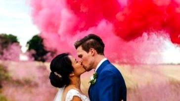 Smoke Bombs at Weddings: The whole lot you Have to Know