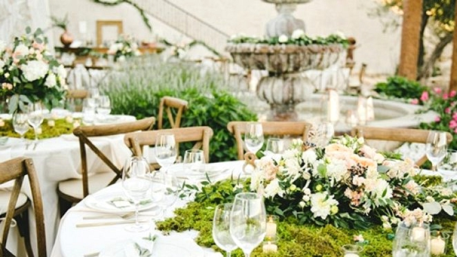 A Botanical Magnificence: 25 Attractive Moss Wedding ceremony Concepts